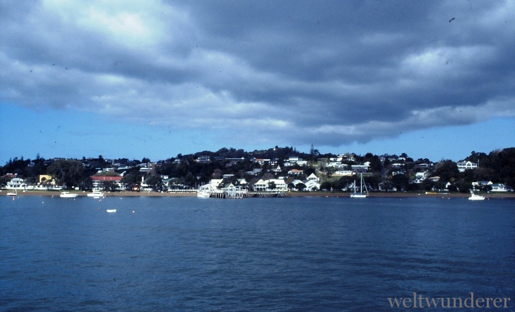 Blick auf Russell Bay of Islands