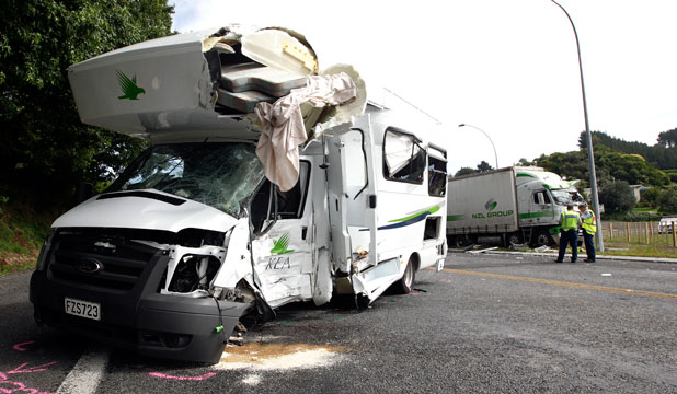 Campervan Crash (c) pickapicker.co.nz