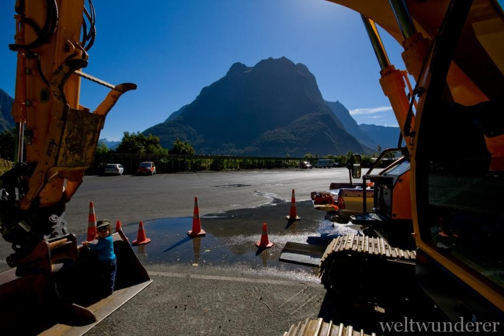 Milford Sound Carpark