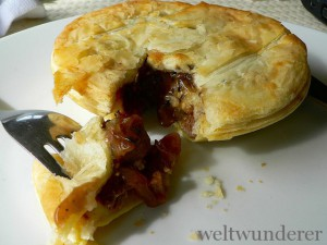 Steak and pepper pie