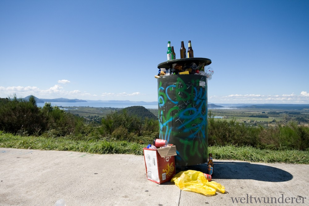 Lake Taupo Trash