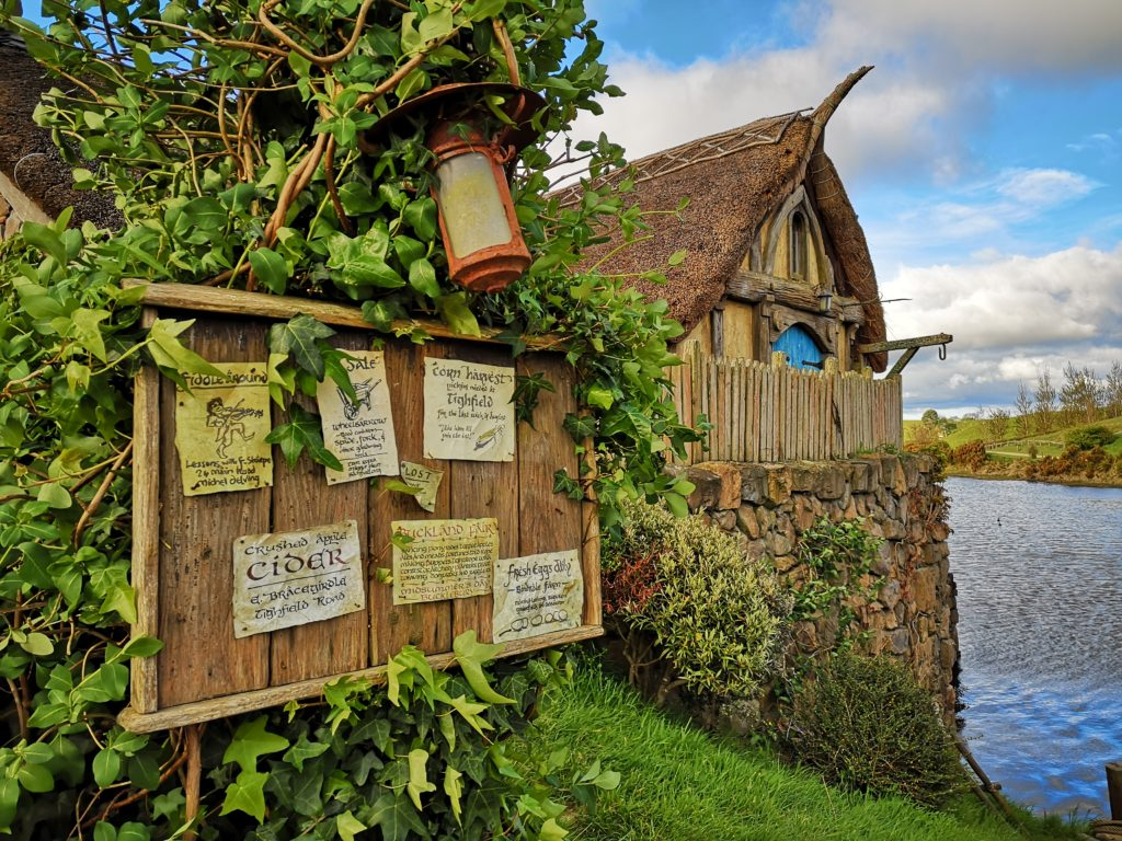Hobbiton Movie Set Green Dragon Inn