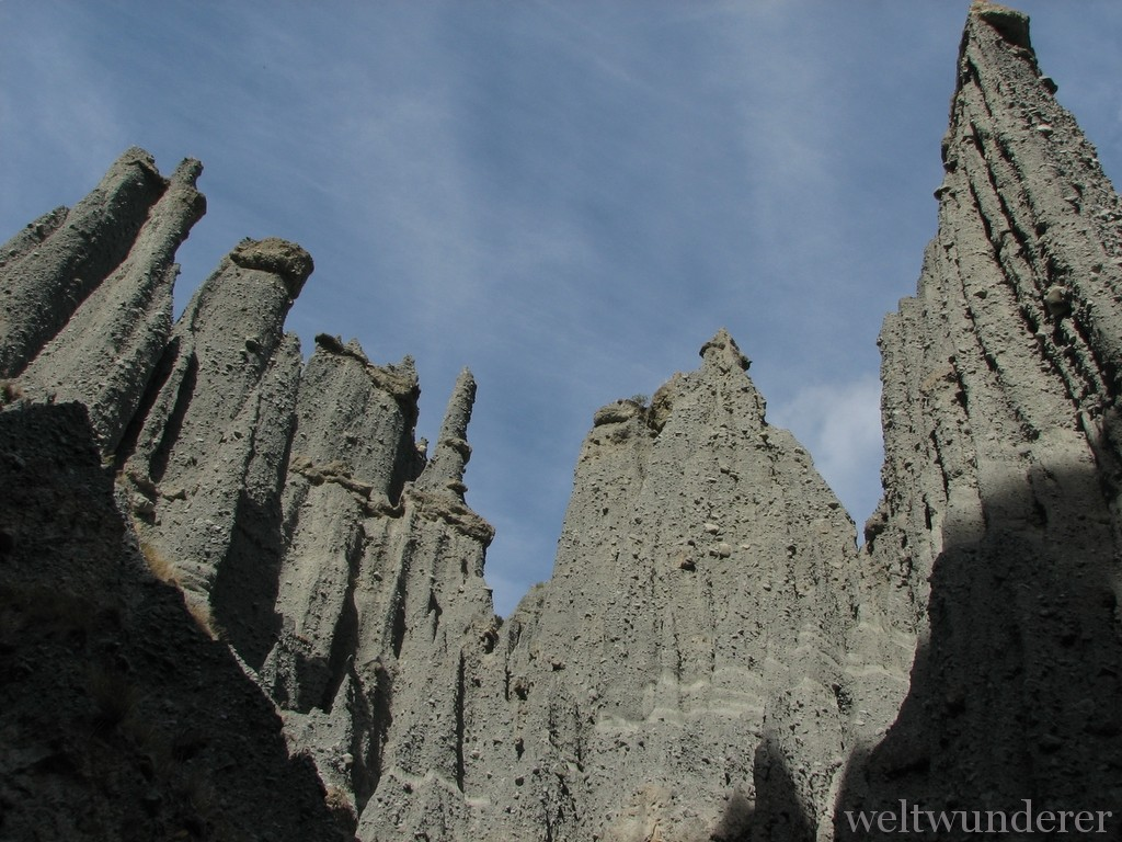 Putangirua Pinnacles Paths of the dead by FlickR/Digitaltrails