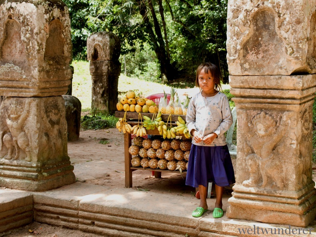 Little Street Vendor in Angkor Thom