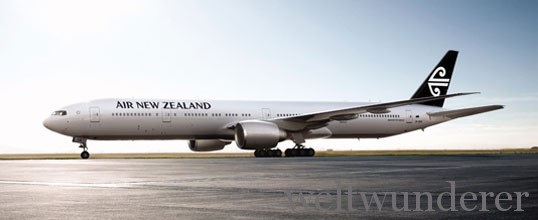 Air New Zealand 777-300 Aircraft Black Tail
