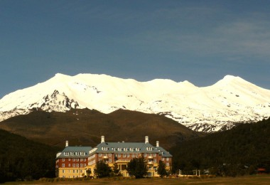 The Chateau Hotel Tongariro NZ (c) Flickr/SidPix