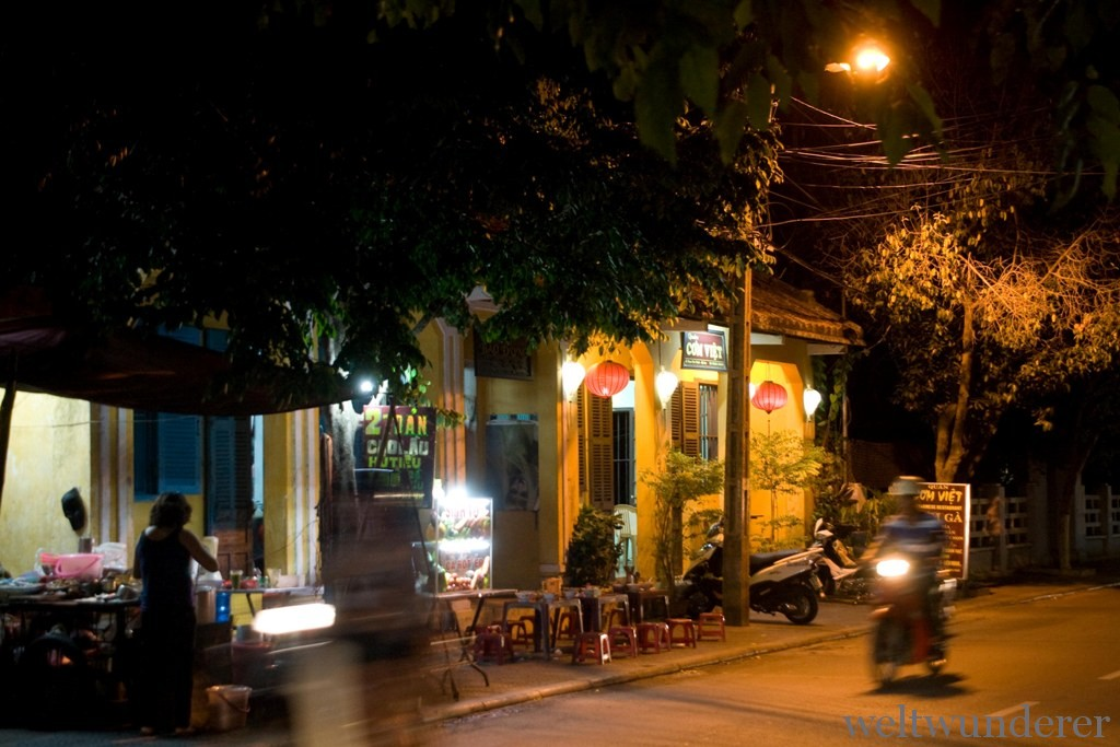 Nighttime traffic in Hoi An
