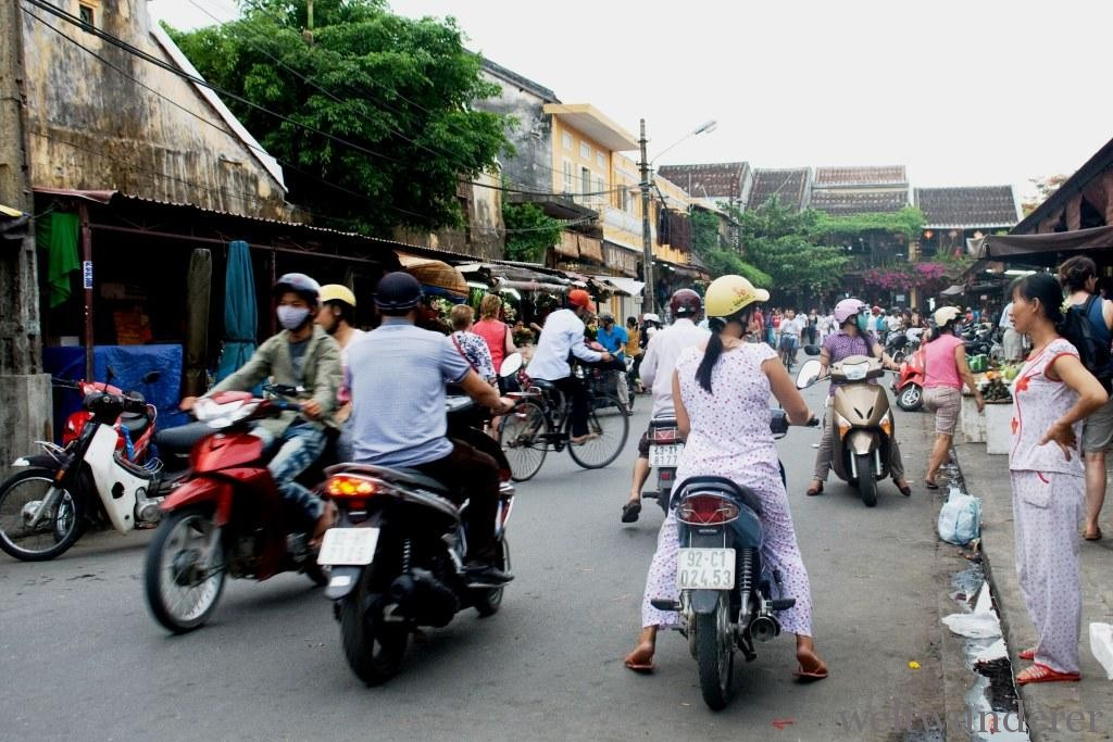 Motorbiking in Hoi An