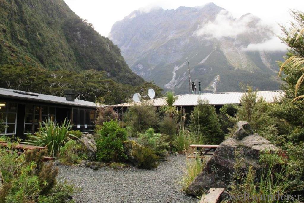 NZ Hostel Milford Lodge