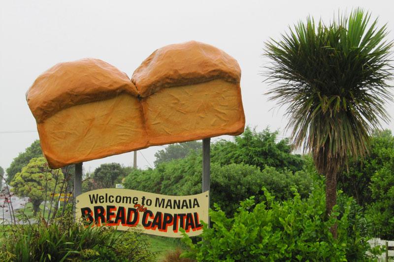 Ist dieses Schild ironisch? Beim Thema Brot kennen Deutsche keinen Spaß! © JaegerdesverlorenenSchmatzes.de