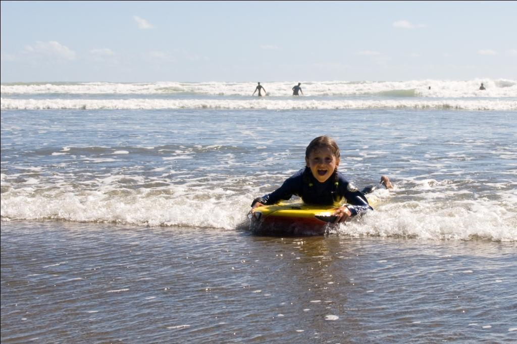 Surfen in Neuseeland Muriwai Beach