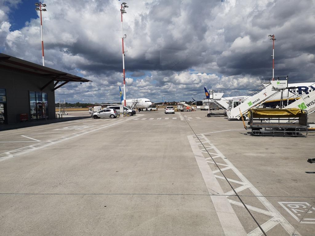 Airport Berlin Tegel Flugfeld