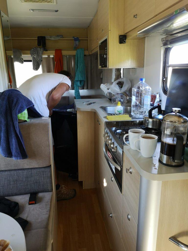 Wendekreisen Koru 6 Wohnmobil Küche