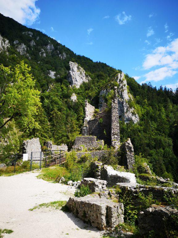 Slowenien Burg Kamen