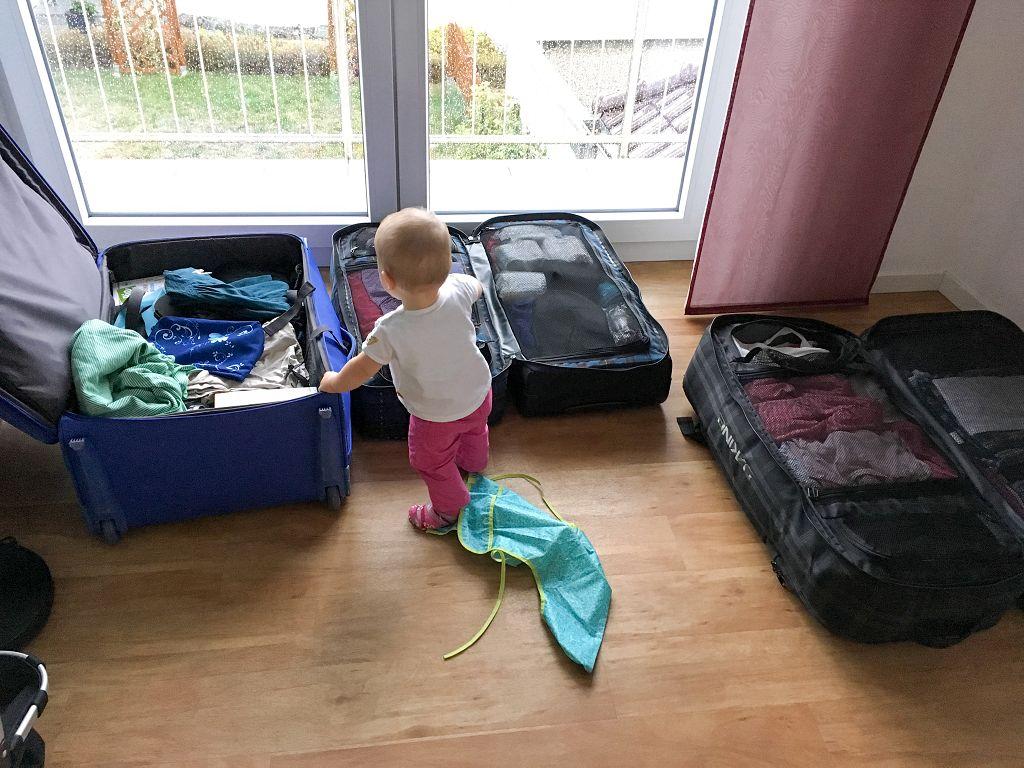Reisen mit Baby Gepäck