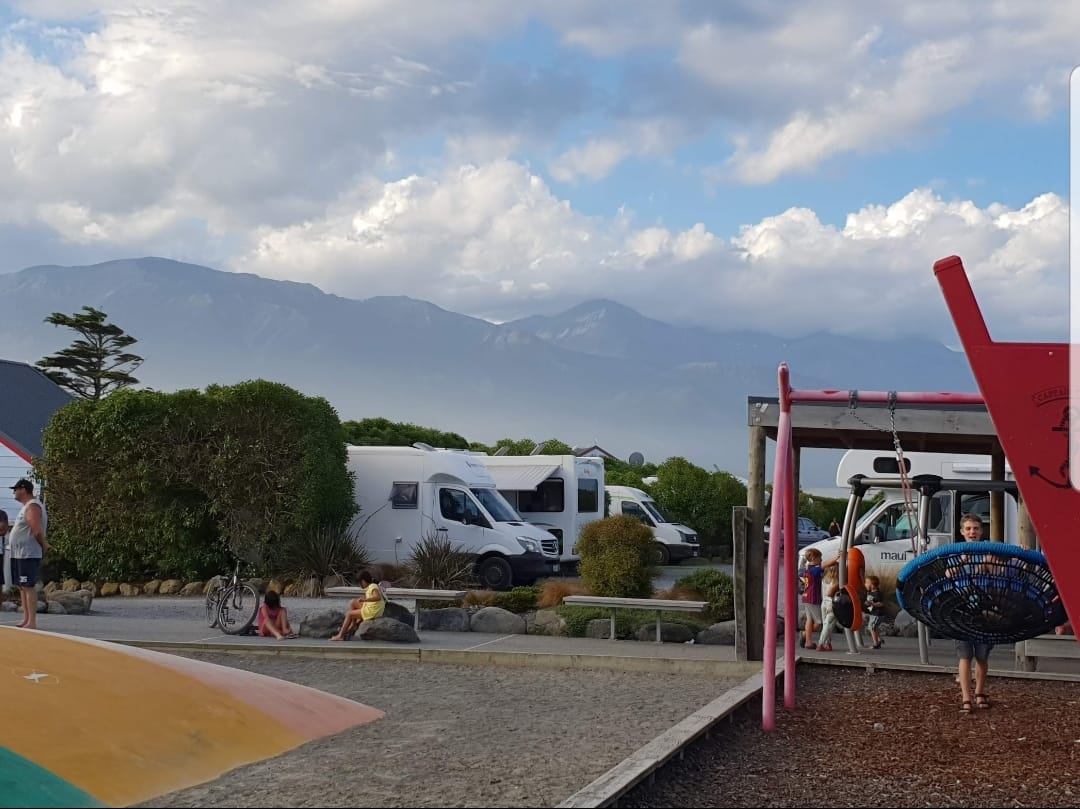 Top 10 Holiday Parks in Neuseeland vs. DOC Campsites: Was ist günstiger?